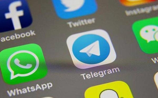 كيفية إلغاء تثبيت whatsapp 1